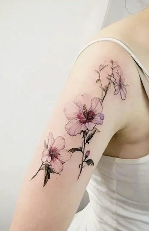 Women-Tatoo-Design-Ideas-Flower-01