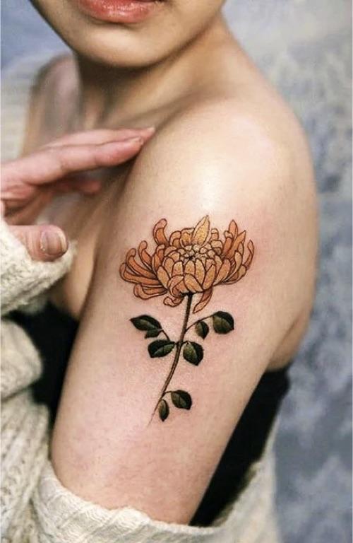 Women-Tatoo-Design-Ideas-Flower-02