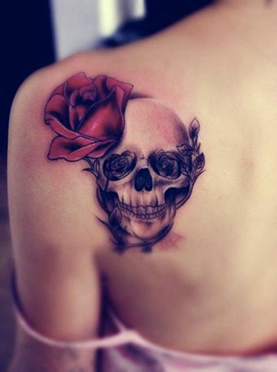 Women-Tattoo-Design-Ideas-Skull-04
