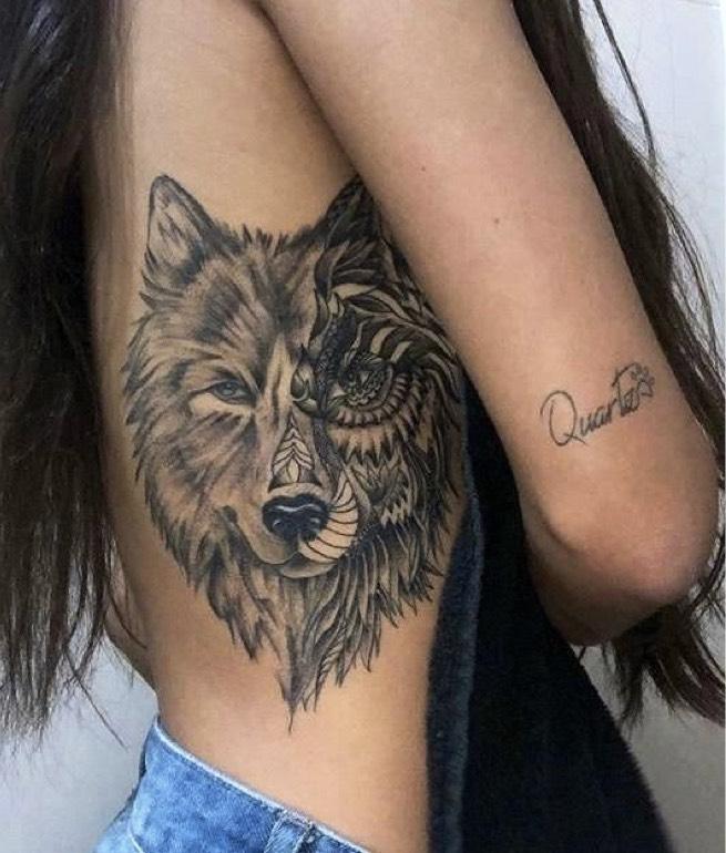 Women-Tattoo-Design-Ideas-Wolf-01
